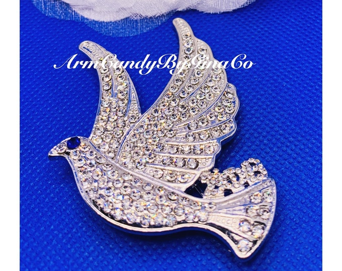 Zeta Crystal Dove Brooch