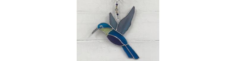 stained glass window hangings STAINED GLASS HUMMINGBIRD hummingbird suncatcher glass art