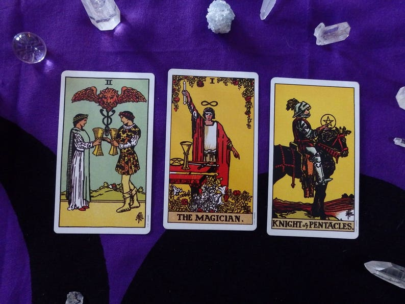 Tarot Reading 3 card 1 question - online tarot, Rider Waite divination  cards