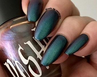 "Unique ""Zionic"" Chameleon Aurora Mermaid Chrome Multichrome Color Shifting Red Green Nail Polish Full Size 13ml Bottle"