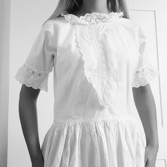 White Cotton Long Nightdress . Small