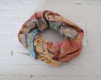Multicolor hair scrunchie