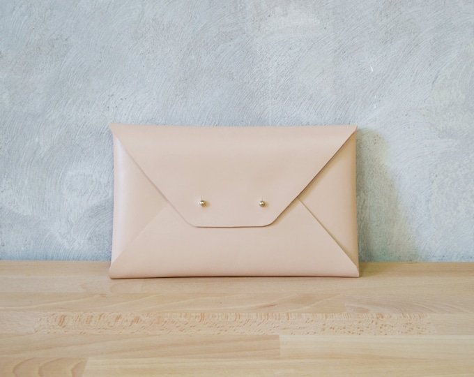 Featured listing image: Nude leather clutch bag