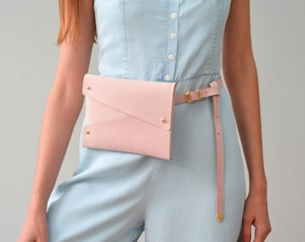 Light pink - nude leather belt bag