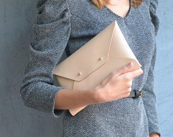 Medium leather clutches