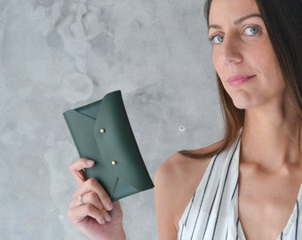 Dark green leather mini clutch