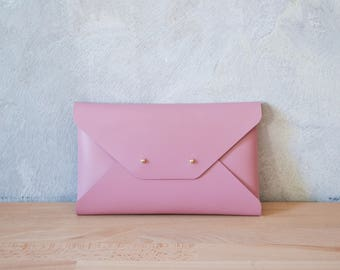 Dusty pink leather clutch bag