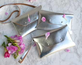 Bridesmaid gift set - Silver leather clutches - Set of 4-6 clutches