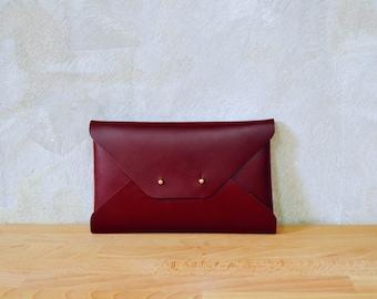 Bordeaux leather clutch bag