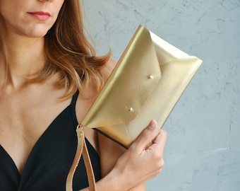 Small leather clutches
