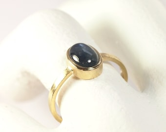 750 Gold recycled Sapphire Ring blue Engagement Friendship Anke Fischer Jewelry Design Goldsmith hand made in Germany