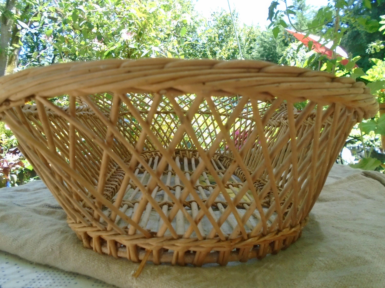 Gorgeous Antique Wicker Bassinet, Baby Crib, Portable Wicker Baby Basket, Wicker Moses Basket