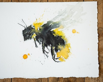 Bumble bee No.2 - Signed Original Watercolour Painting of a Bumble bee by Syman Kaye
