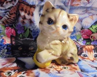 Japan Tabby Kitten Figurine Cat Lover Gift Big Blue Eyes Vintage 1960 Yellow Ball Knick Knacks Epsteam Vintageteam Mother Day