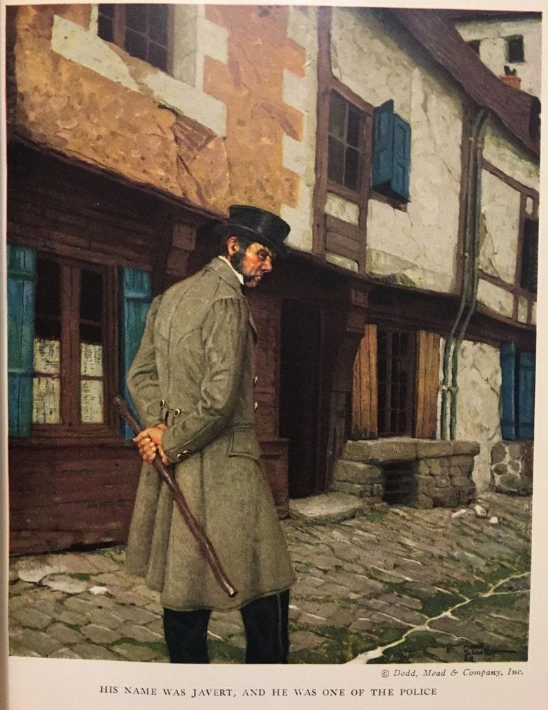 LES MISÉRABLES. Victor Hugo. Cuir fin reliure couleur des image 0