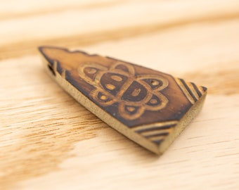 1 count 44mm vintage carved reed pendant turtle tribal wood natural shaped wooden wood pendant