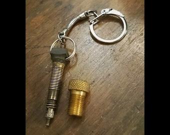 Key chain/key ring made from upcycled bike inner tubes valves + valve adapter Presta=>Schrader