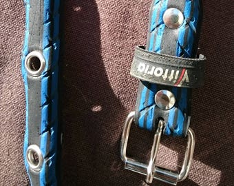 Blue belt made from a recycled bike tire, with eyelets - 2cm wide