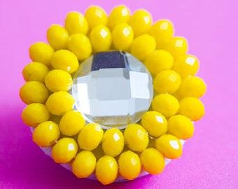 Round cocktail brooch, yellow brooch, cocktail brooch, retro brooch, crystal brooch, round brooch, sun brooch, summer brooch, mom brooch,