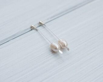 Long freshwater pearl earrings, wedding earrings, bride earrings, modern earrings, minimalist earrings, long pearl earrings, minimal style