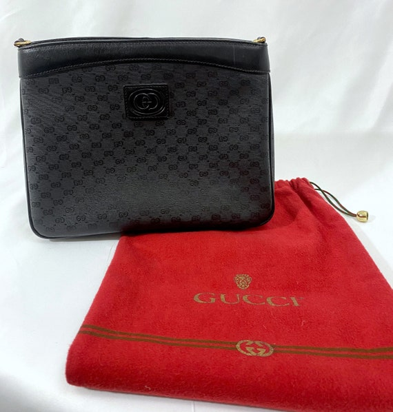 Authentic 1970s Gucci Crossbody logo black bag/ vi