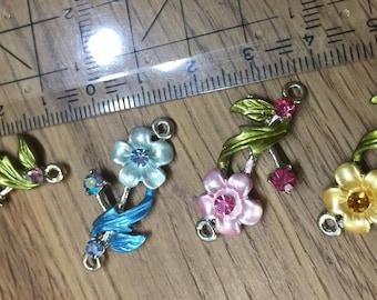 Romantic Art Nouveau bracelet part-flower with 2 eyelets-4 different colors-35 mm