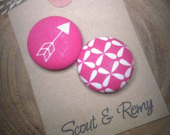 Needle Minder, Arrow, Hot Pink, Modern, Pink, White,  2 Piece Reversible Scout and Remy, For Cross Stitch, Sewing, Embroidery