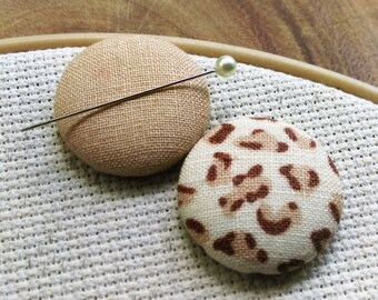 Needle Minder, Leopard, Linen, 2 Piece Reversible Scout and Remy, For Cross Stitch, Sewing, Embroidery, Quilting