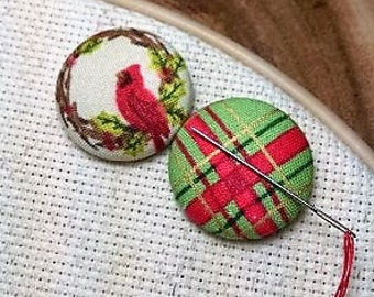 Christmas  Winter Bird Needle Minder Red Cardinal / Wreath /Tartan Plaid / 2 Piece Reversible Scout and Remy  Gift for Her, Stocking Stuffer