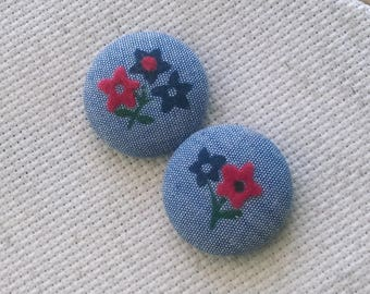 Needle Minder, Chambray, Floral, Vintage, Scout and Remy 2 Piece Reversible Needleminder, for Cross Stitch, Sewing, Embroidery,Needlepoint