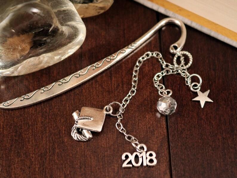 2018 GRADUATION KEYRING BAG CHARM TIBETAN SILVER CAP SCROLL OWL in gift bag