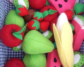 Felt Fruit Toy Set:  pretend kitchen play