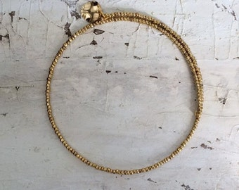 Golden Currency Choker