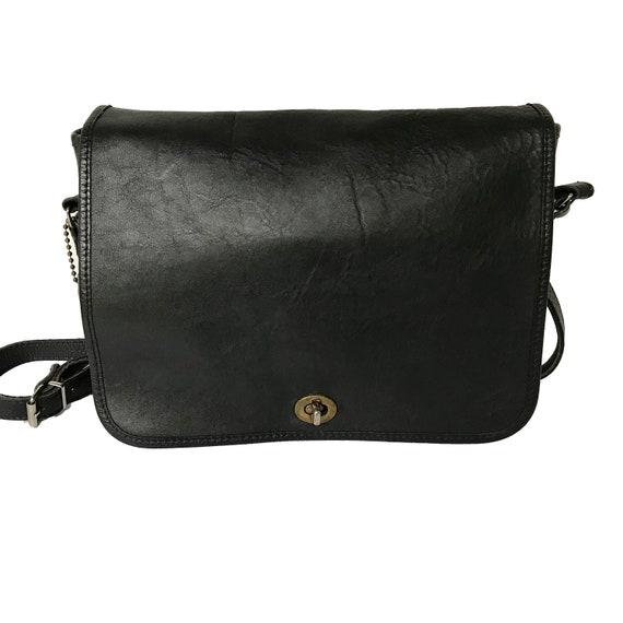 d47d6ec6d70f Vintage Coach Bag Vintage Designer Handbags Black Coach Purse