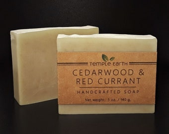 Cedarwood & Red Currant Handcrafted Soap (4 oz) - Classic Men's Bar Soap - Cold Process
