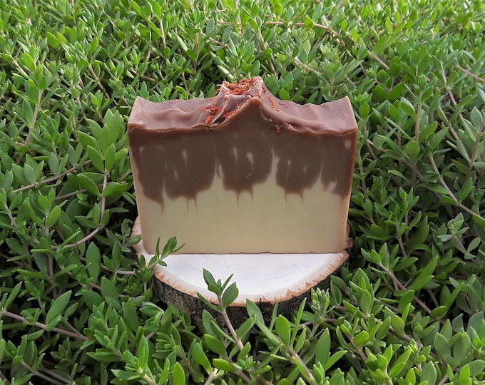 Vanilla Sandalwood Handcrafted Soap (5 oz) Made with Moisturizing Shea Butter