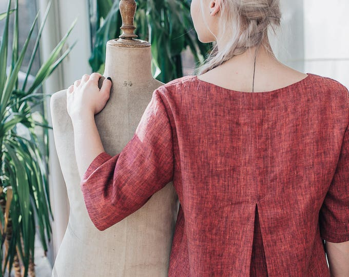Linen Tunic Top With V shaped neck and a Pleat on the Back