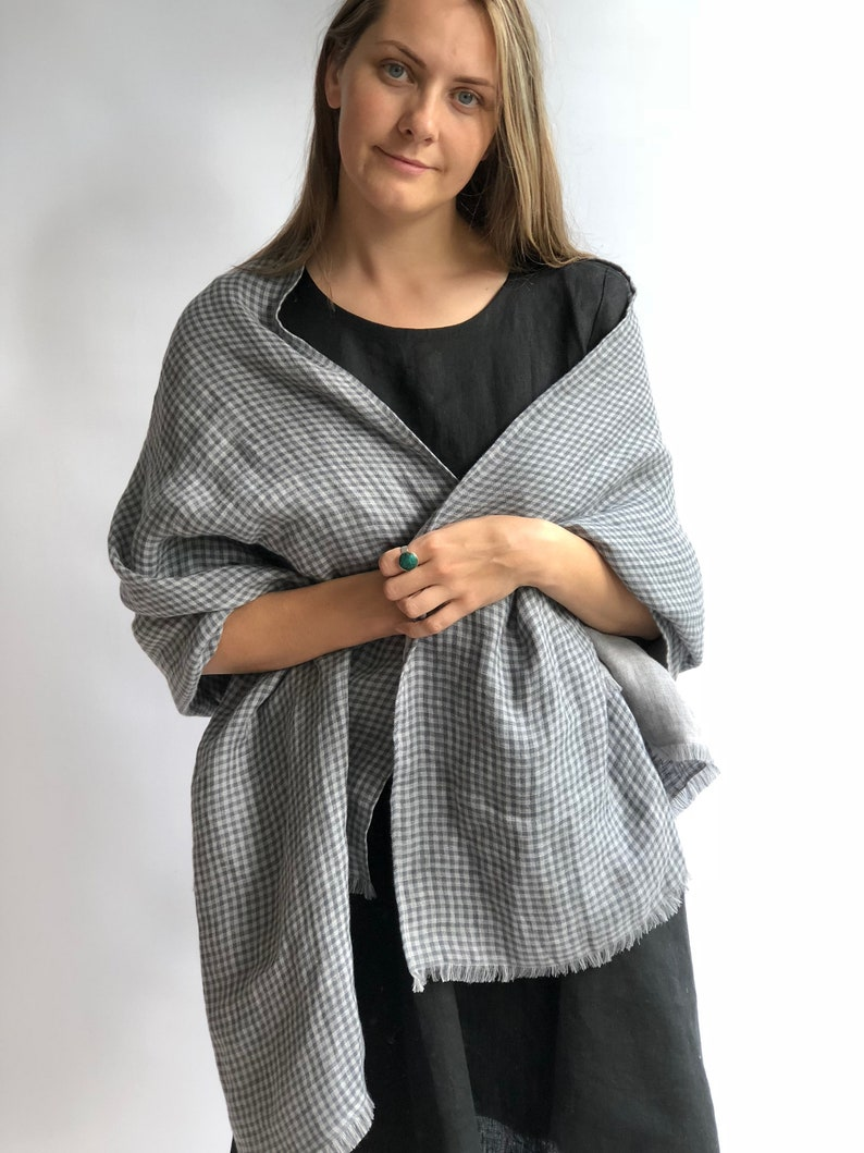 d0c98e4992178 Oversized Linen Scarf Grey Checkered Linen Shawl Womens | Etsy