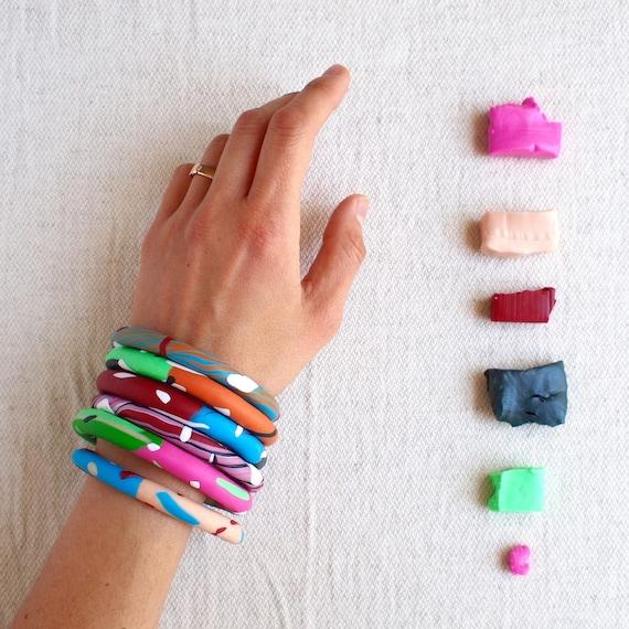 Lebensfreude handgefertigte Armbänder in Ton gemischt