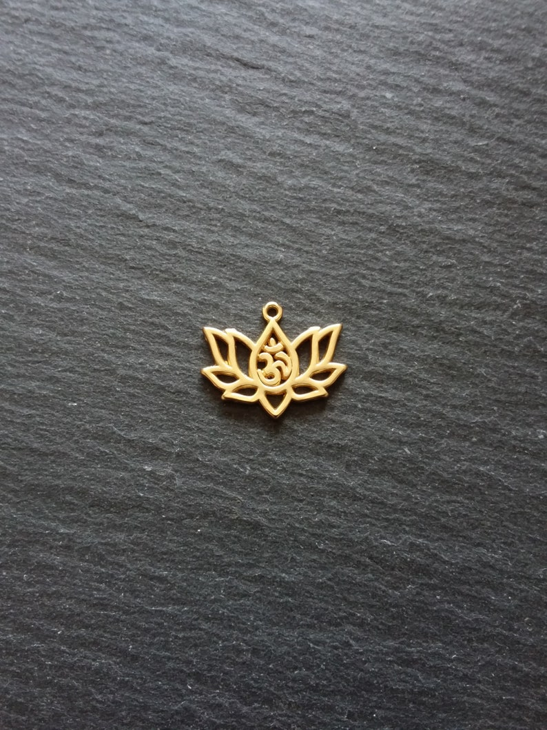 4 or BULK 20 Real Gold Plated Lotus Flower with Ohm Charms 16.5x20.5mm Nickel FREE