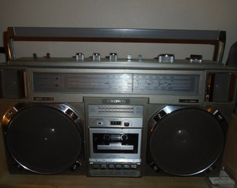 Vinage Crown CSC-950F Cassette Recorder Boombox Works