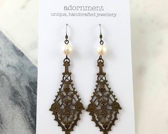 Bronze Filagree Perle Ohrringe mit Bronze Metall Ohrhaken