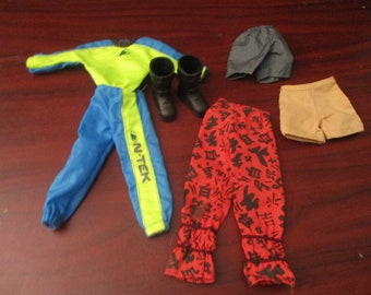 Action Man  Dolls Clothes and Shoes  (1999)
