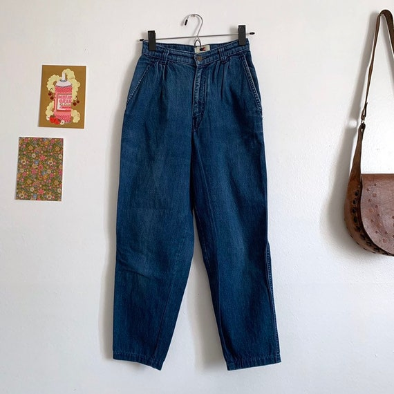 Vintage Calvin Klein high waisted jeans, pleated,