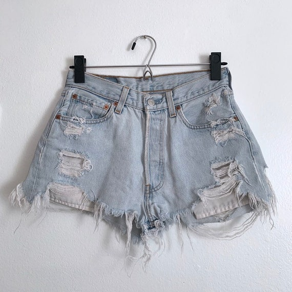 Sz 26/XS Vintage Levi's cutoff denim shorts, distr