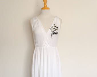 1970s White Sleeveless Dress Vintage