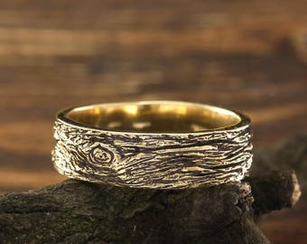 Men's tree bark gold wedding band, Bark wedding band, Wild nature mens ring, 14k yellow gold tree band, Wide gold ring, Unique men's gift