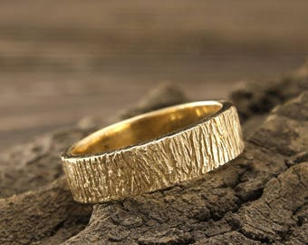Tree bark gold band, Tree wedding ring, Men tree  band, Unique womes tree ring, Durable gold wedding band, Unique ring, Nature inspired ring