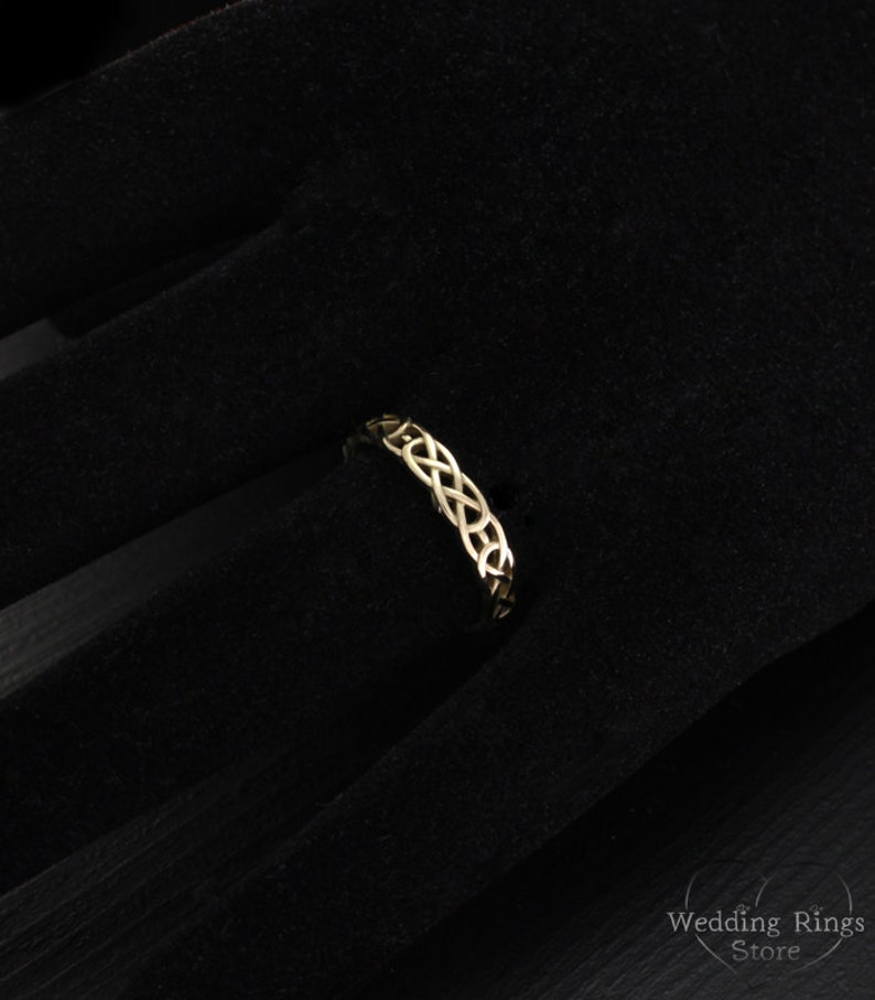 Unique wedding ring Celtic wedding band Small wedding band Celtic pattern wedding ring Keltic band,14k solid gold band Celtic knot ring