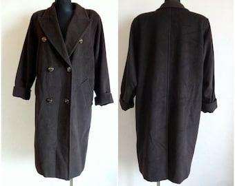 3214d699aa4ac Vintage Max Mara Dark Brown Wool Coat Women s Coat Warm Clothing Back Slit  Padded Shoulders front Pockets Size USA 12 Made in Italy